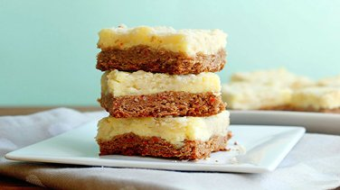 Carrot Cheesecake Cookie Bars