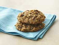 Best Whole Wheat-Oatmeal-Raisin Cookies