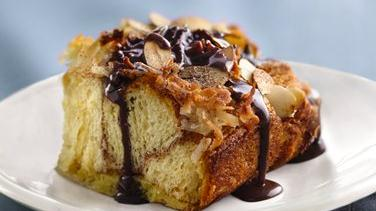 Almond-Macaroon Coffee Cake