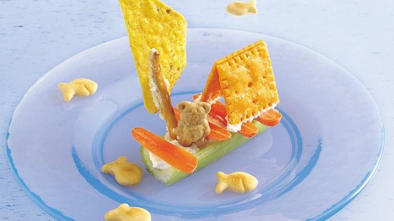 Huck Finn Teddy Bear Raft Snacks