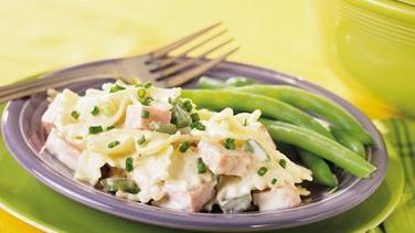 Low-Fat Ham and Sour Cream Pasta