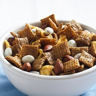 Cinnamon-Apple Chex™ Mix