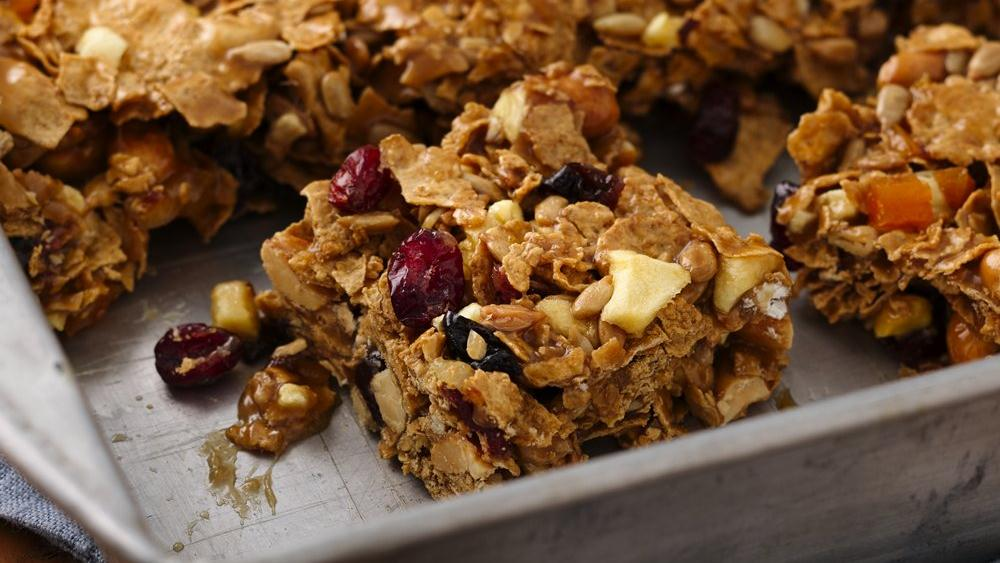 Fruit and Nut Cereal Bars