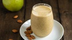 Batido Proteínico de Almendras y Manzana