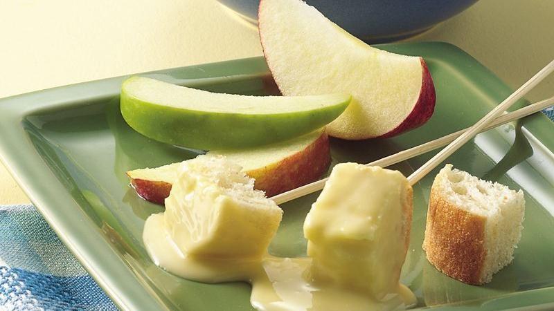 Slow-Cooker Cheese Fondue