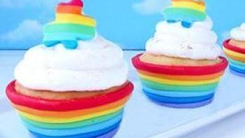 Rainbow Fondant Cupcake Cups