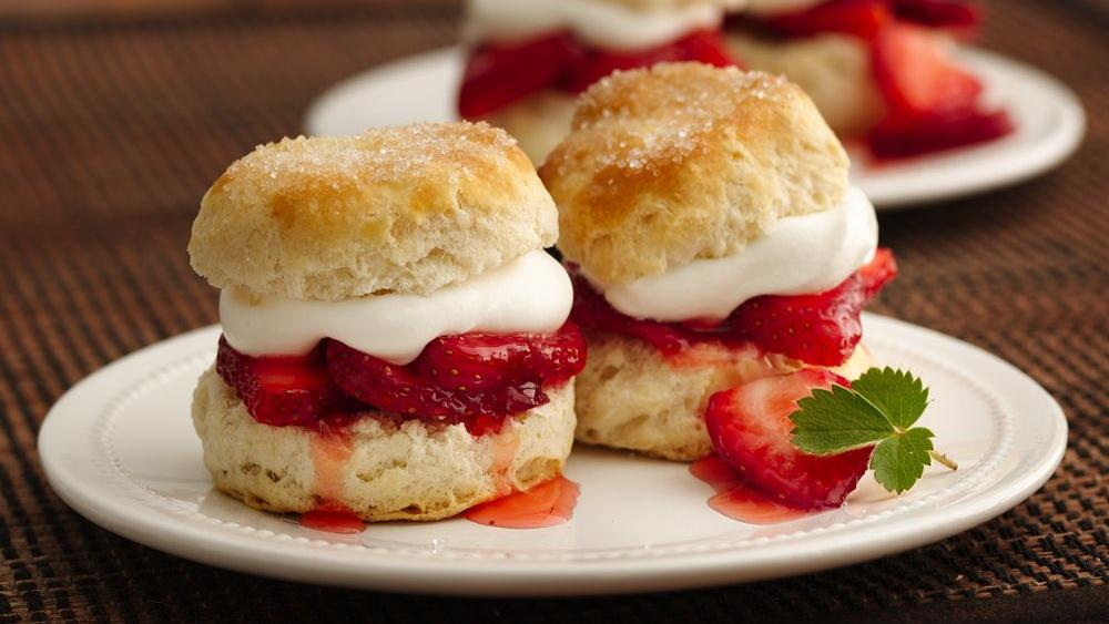 Strawberry Biscuit Shortcakes