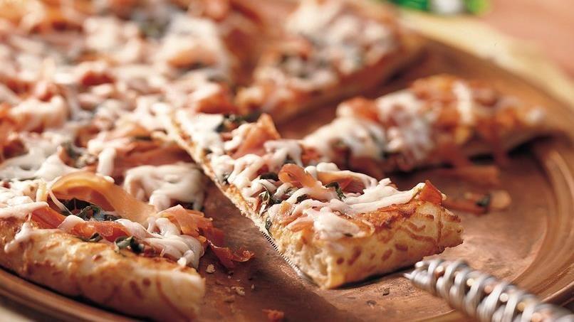 Sun-Dried Tomato and Prosciutto Pizza