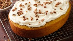 Slow-Cooker Pumpkin Cake with Cream Cheese Frosting