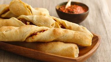 Mediterranean Breadsticks with Roasted Red Pepper Coulis