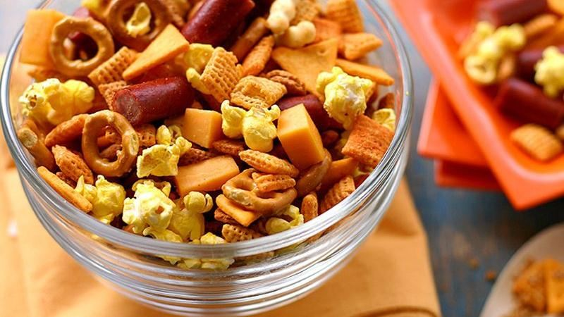 Cheddar Chex Mix®