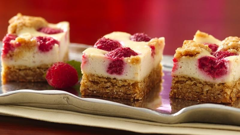 Yogurt Raspberry Cheesecake Bars