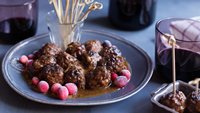 Slow-Cooker Cranberry Chipotle Meatballs
