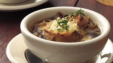 Slow-Cooker Beefy French Onion Soup