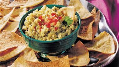 Artichoke Tapenade with Pita Chips