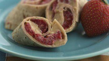 Skinny Raspberry-Peanut Butter Pinwheels