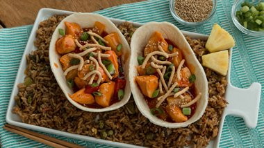 Sweet-and-Sour Chicken Taco Boats™
