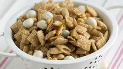 Peaches and Peanuts Chex Mix