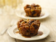 Apple-Fig Bread Pudding Cupcakes with Maple Sauce