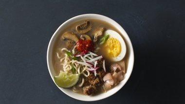 Ramen Soup with Mushrooms and Pork