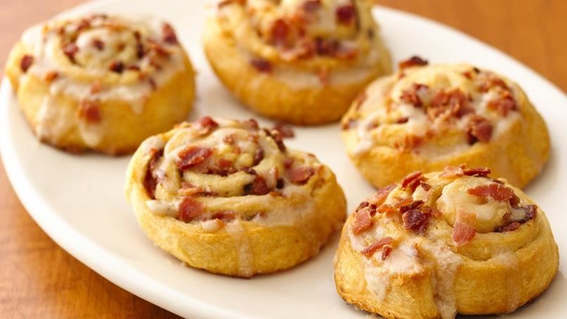 Maple-Bacon Breakfast Rolls