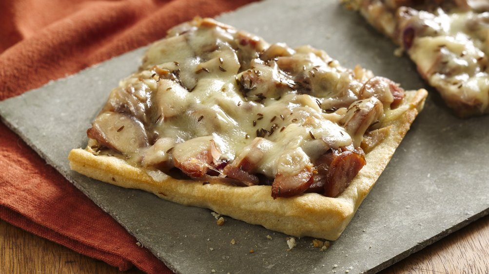 Caramelized Onion Polish Pizza