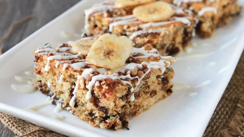 Nutty Banana Chocolate Chip Bars Recipe From Betty Crocker