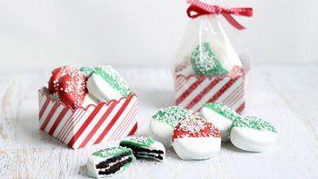 Chocolate-Dipped Christmas Oreos™