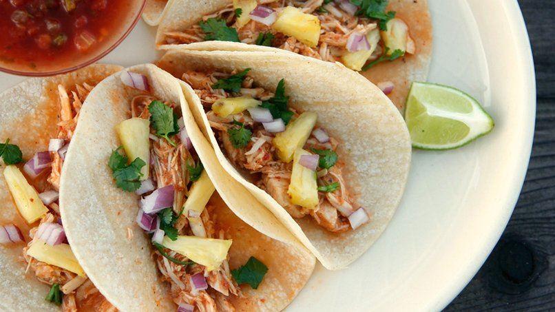 Chicken Tacos al Pastor in a Slow Cooker | QueRicaVida