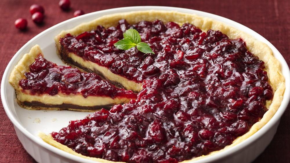 Black-Bottom Cranberry Cream Pie