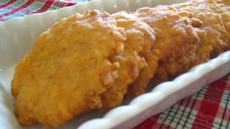 Gluten-Free Chipotle Cheese Crackers