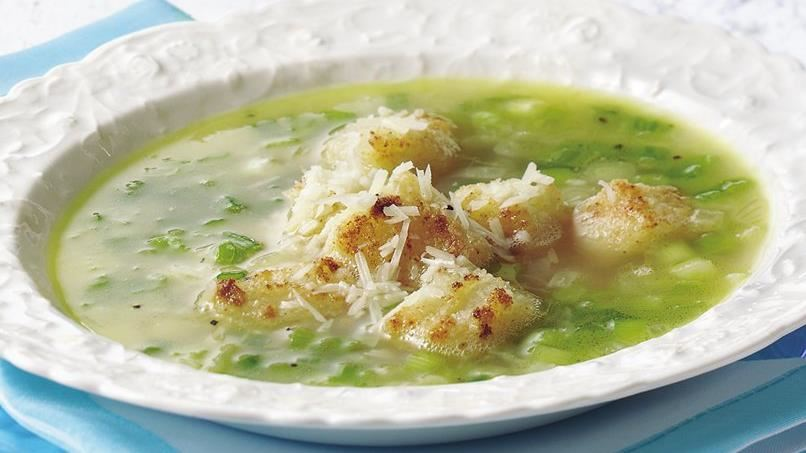 Spring Onion Soup with Garlic Croutons