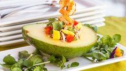 Coctel de Camarones en Aguacate con Ensalada de Atún y Mango