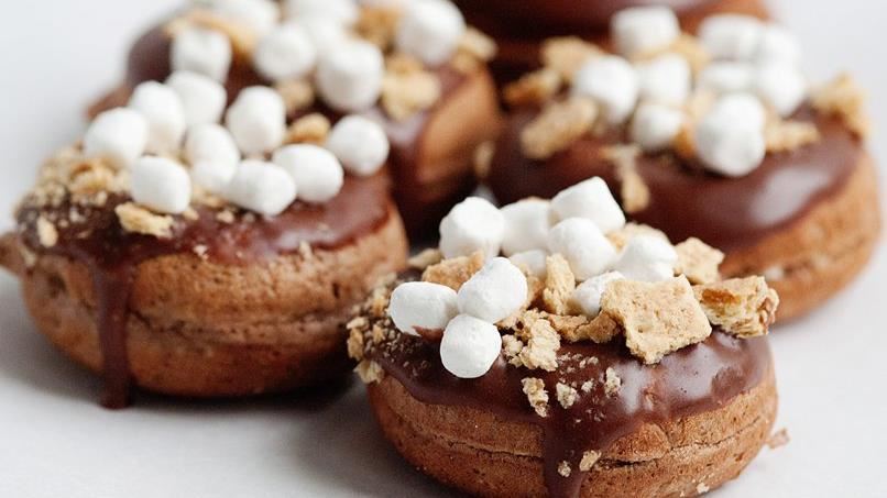 Baked S'mores Doughnuts with Chocolate Glaze