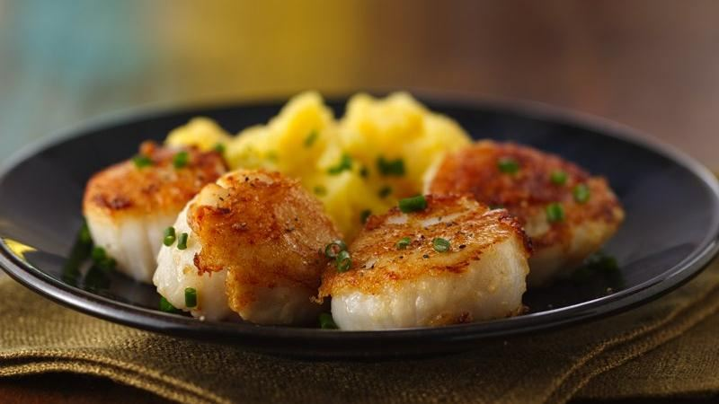 Pan Seared Parmesan Scallops