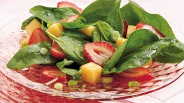 Spinach Waldorf Salad with Cinnamon-Apple Dressing recipe ...