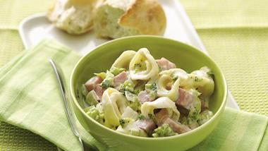 Creamy Ham and Tortellini