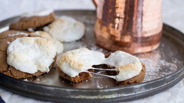 Hot Cocoa Gingersnaps
