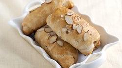 Honey Nut Roll-Ups