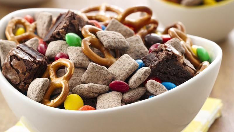 Double Brownie Muddy Buddies® Mix