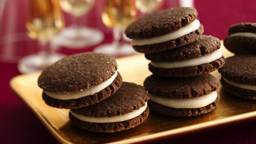 Chocolate Gingerbread Sandwich Cookies