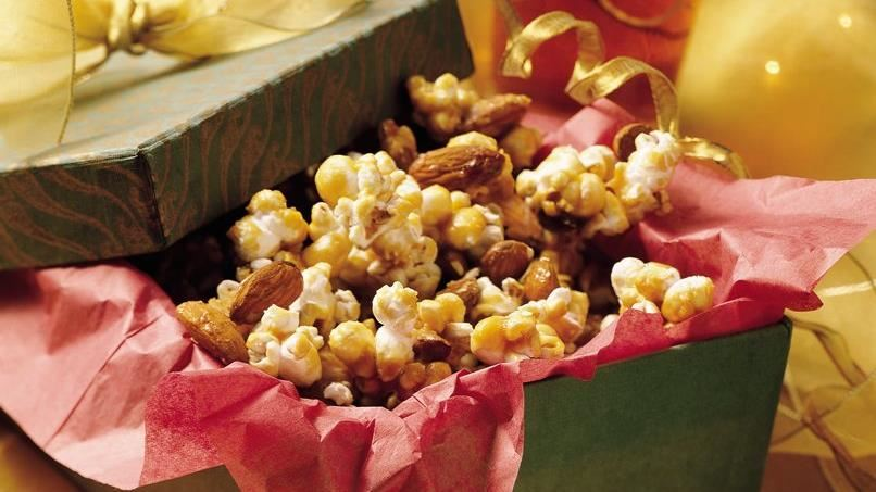 Almond Caramel Corn