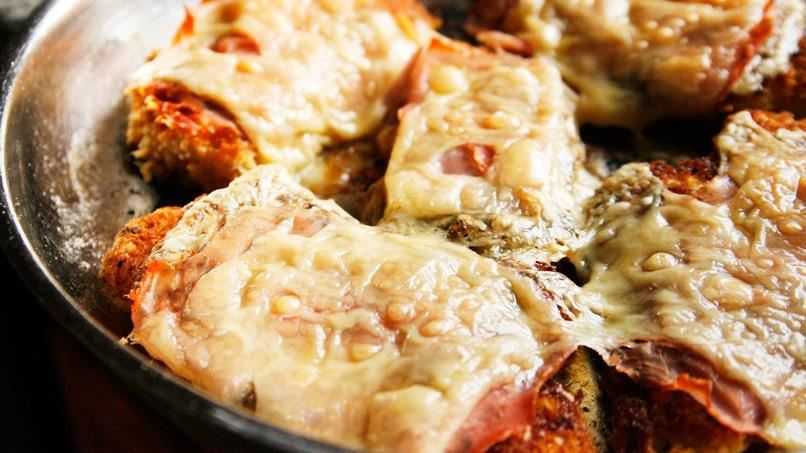 One Skillet Inside-Out Chicken Cordon Bleu