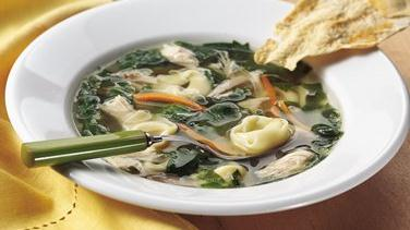 Chicken and Spinach Tortellini Soup