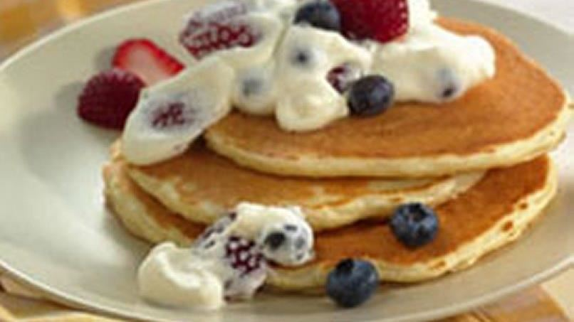 Easy Berry Cream Topping