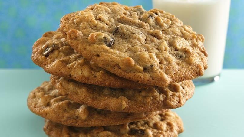 Cinnamon-Raisin-Oatmeal Cookies