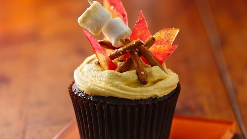 Campfire S'mores Cupcakes