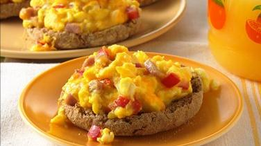 English Muffin Breakfast Pizzas