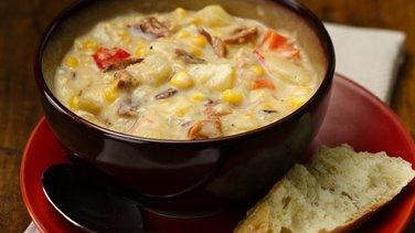 Slow-Cooker Bacon and Corn Chowder