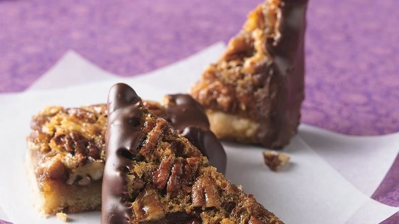 Chocolate-Glazed Pecan Pie Bars